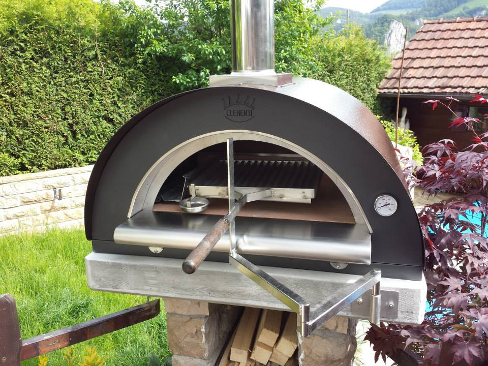 Pizzaofen Clementi Pulcinella Family inkl. Grillset
